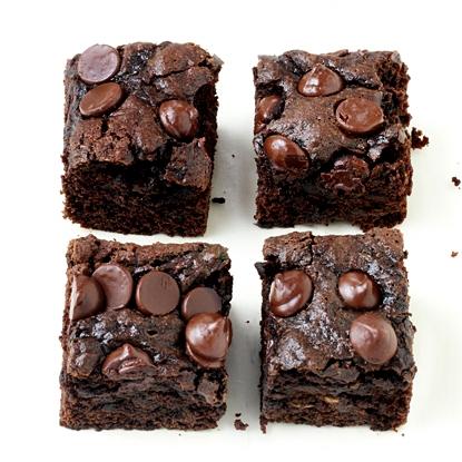 Whole-Wheat Dark Chocolate Zucchini Brownies recipe