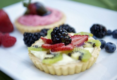 Late Summer Fruit Tart - Toki Lee photography
